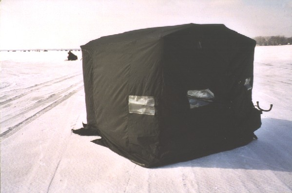 Snowmobile-with-cab-2